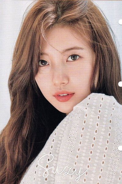 Tags: K-Pop, Bae Suzy, Light Background, Contact Lenses, White Background, Text: Artist Name, Clalen
