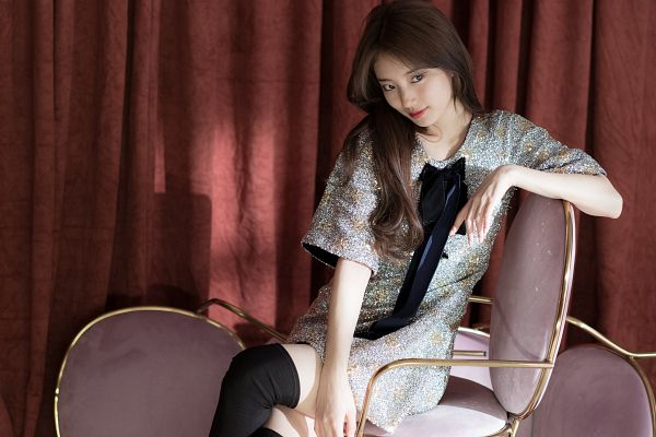 Tags: K-Pop, Bae Suzy, Blue Outfit, Sitting On Chair, Floral Dress, Short Dress, Thigh Highs, Bow, Short Sleeves, Floral Print, Chair, Black Eyes