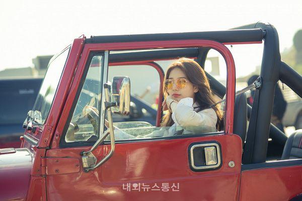 Tags: K-Pop, K-Drama, Bae Suzy, Sunglasses, Wavy Hair, Watch, In Car, Wristwatch, Glasses, Vagabond