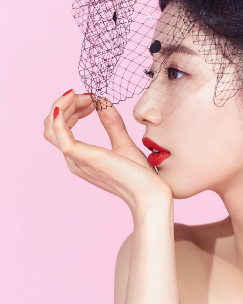 Tags: K-Pop, Miss A, Bae Suzy, Pink Background, Make Up, Nail Polish, Red Lips, Chin In Hand, Bare Shoulders, Side View, Veil