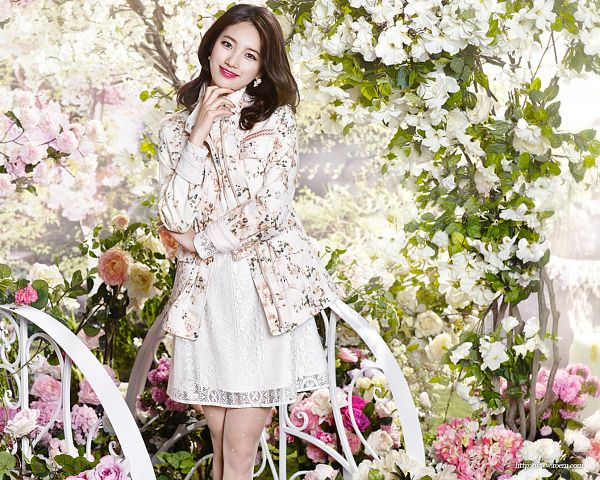 Tags: K-Pop, Miss A, Bae Suzy, White Outfit, Floral Jacket, White Dress, Bare Legs, Floral Print, White Jacket, Chin In Hand, White Outerwear, Red Lips