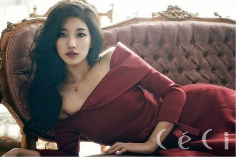 Tags: K-Pop, Miss A, Bae Suzy, Laying Down, Couch, Black Hair