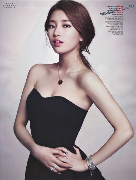 Tags: K-Pop, Miss A, Bae Suzy, Necklace, Collarbone, Ring, Bare Shoulders, Bracelet, Black Dress, Sleeveless Dress, Sleeveless, Korean Text