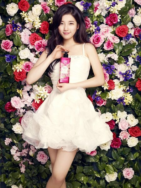 Tags: K-Pop, Miss A, Bae Suzy, Plant, White Outfit, White Dress, Purple Flower, Flower, Rose (flower), Short Dress, On The Body