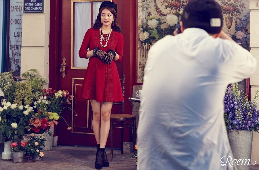 Tags: K-Pop, Miss A, Bae Suzy, Necklace, Make Up, Gloves, Door, Red Dress, Hat, Red Outfit, Lace, Looking Away
