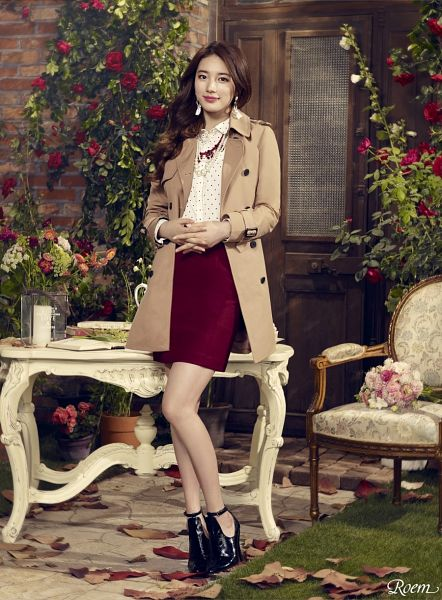 Tags: K-Pop, Miss A, Bae Suzy, Make Up, Skirt, Candle, Spotted, Chair, Red Flower, Red Skirt, Brown Outerwear, Flower