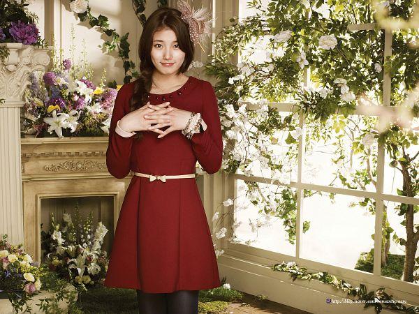 Tags: K-Pop, Miss A, Bae Suzy, Window, Fireplace, Belt, Bracelet, White Flower, Red Dress, Flower, Red Outfit, Wallpaper