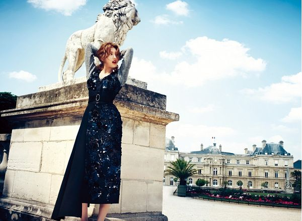 Tags: K-Pop, Miss A, Bae Suzy, Blue Dress, Arms Up, Blue Outfit, Statue, Looking Back, Wallpaper, Magazine Scan, Harper's Bazaar