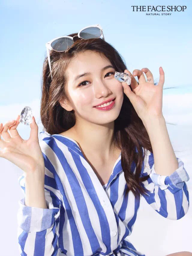 Tags: K-Pop, Miss A, Bae Suzy, Sunglasses, Glasses On Head, Striped Shirt, Glasses Off, Grin, Ice, Make Up, Glasses, Striped