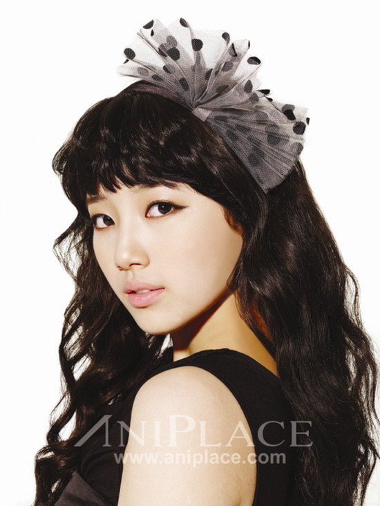 Tags: K-Pop, Miss A, Bae Suzy, Text: URL, Light Background, White Background, Make Up, Aniplace