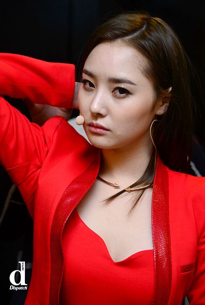 Tags: K-Pop, Dal Shabet, Bae Woo-hee, Necklace, Red Jacket, Red Shirt, Red Outerwear, Hand In Hair, Android/iPhone Wallpaper