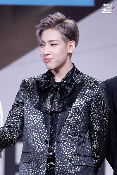 Tags: K-Pop, JYP Entertainment, Got7, BamBam, Jewelry, Short Hair, Bow, Earrings, Gray Hair, Standing, Black Bow, Jacket