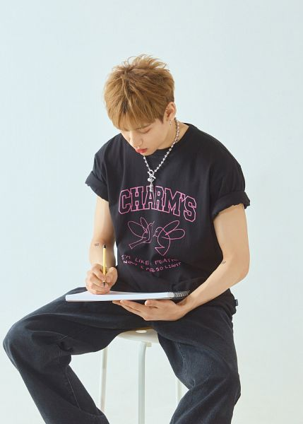 Tags: K-Pop, Got7, BamBam, Black Pants, Pencil, Looking Down, Necklace, Serious, Short Sleeves, Tattoo, Blue Background, Charm's