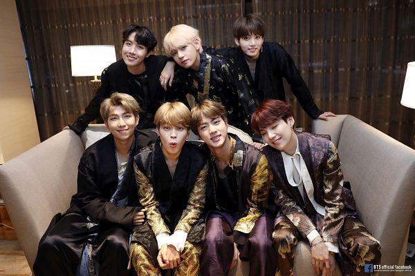 Tags: K-Pop, Bangtan Boys, Park Jimin, J-Hope, Suga, Jungkook, Jin, V (Kim Taehyung), Rap Monster, Indoors, Group, Traditional Clothes