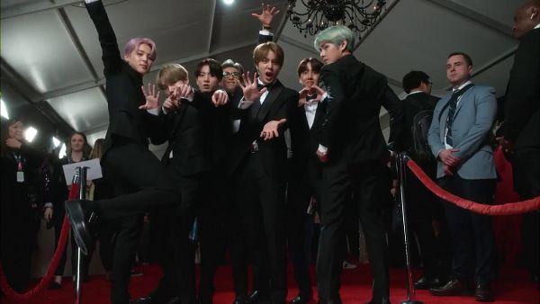 Tags: K-Pop, Bangtan Boys, Suga, Jungkook, Jin, V (Kim Taehyung), Rap Monster, Park Jimin, J-Hope, Black Footwear, Green Hair, Black Outerwear