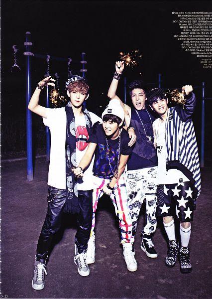 Tags: K-Pop, Bangtan Boys, J-Hope, Suga, V (Kim Taehyung), Park Jimin, Hat, Shoes, Bracelet, Black Shirt, Four Males, Socks
