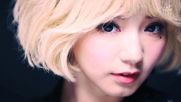 Tags: Television Show, C-Pop, Popu Lady, Bao Er, Mole, Facial Mark, Screenshot, Wallpaper, Get Out of Popu Lady
