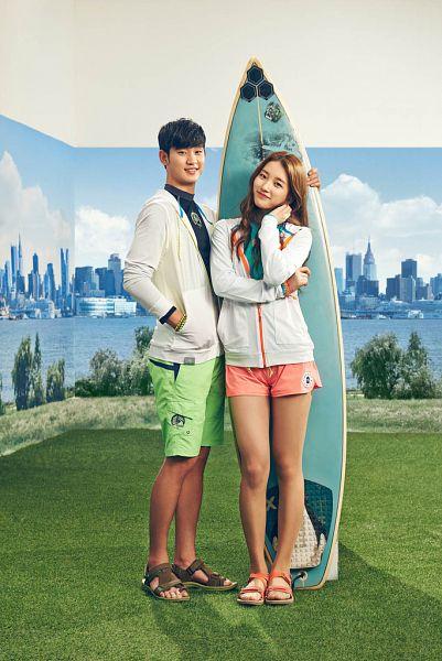 Tags: K-Drama, K-Pop, Miss A, Kim Soo-hyun, Bae Suzy, Hand In Pocket, Green Shorts, Shorts, Red Hair, Head Tilt, Black Eyes, Surfboard