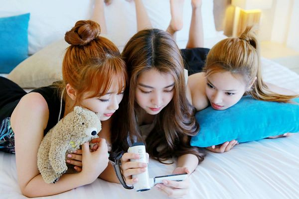 Tags: K-Pop, Berry Good, Because Of You, Kang Sehyung, Daye, Seoyul, Hair Up, Bed, Sleeveless, Bare Shoulders, Trio, Stuffed Toy