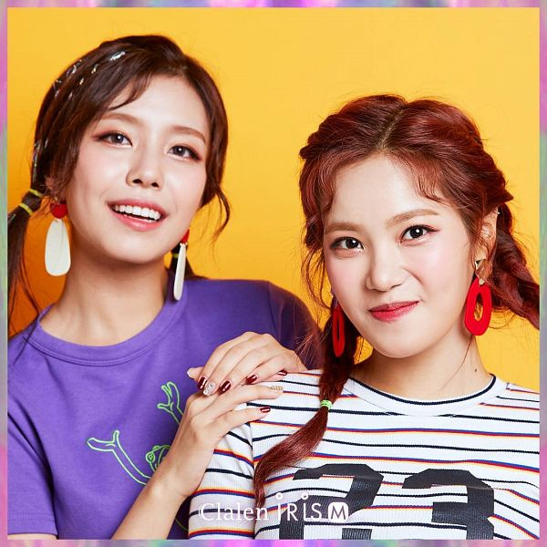 Tags: K-Pop, Berry Good, Seoyul, Gowoon, Nail Polish, Contact Lenses, Yellow Background, Two Girls, Make Up, Purple Shirt, Twin Braids, Duo