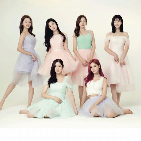 Tags: K-Pop, Berry Good, Seoyul, Gowoon, Taeha, Kang Sehyung, Johyun, Daye, Pink Outfit, Red Hair, Purple Dress, White Outfit