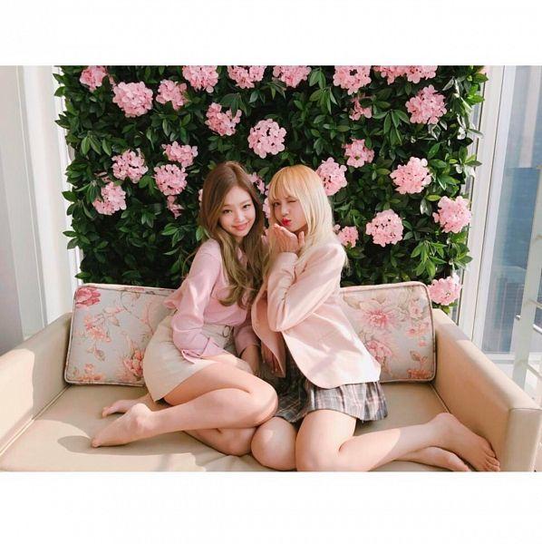 Tags: K-Pop, Black Pink, Lisa, Jennie Kim, Barefoot, White Skirt, Checkered, Checkered Skirt, Floral Background, Belt, Two Girls, White Border