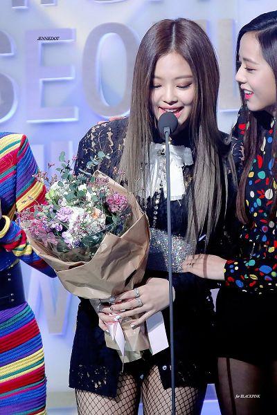 Tags: K-Pop, Black Pink, Jennie Kim, Kim Jisoo, Android/iPhone Wallpaper