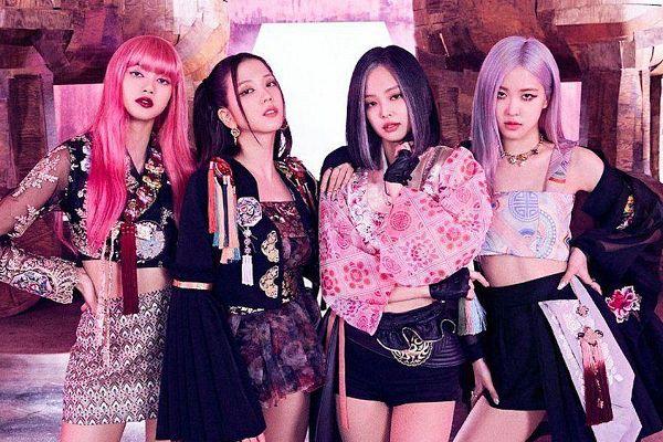 Tags: K-Pop, Black Pink, Jennie Kim, Rosé (singer), Kim Jisoo, Lisa, Quartet, Four Girls, Pink Hair