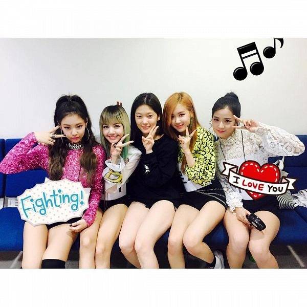 Tags: YG Entertainment, K-Pop, Black Pink, Jennie Kim, Rosé (singer), Kim Jisoo, Lisa, Couch, Sitting On Couch, Group, Backstage, Shorts