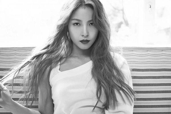 Tags: K-Pop, Kiss My Lips, BoA, Black Eyes, Monochrome