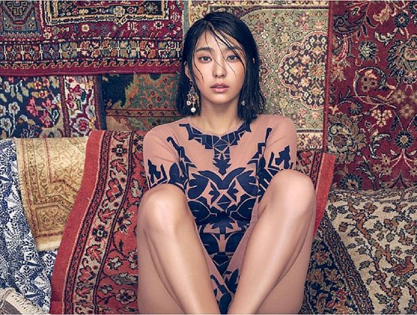 Tags: K-Pop, Sistar, Bora, Carpet