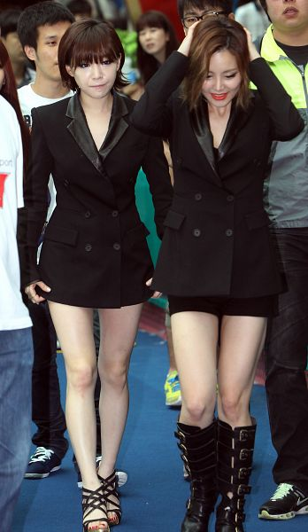 Tags: K-Pop, Brown Eyed Girls, Ga-In, Miryo, Full Body, Hand On Head, Two Girls, Bare Legs, Medium Hair, Duo, High Heeled Boots, High Heels