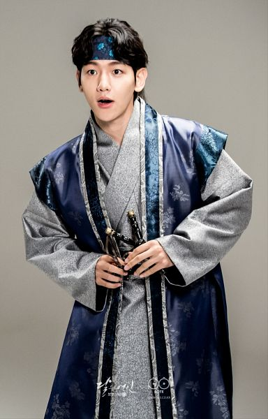 Tags: K-Drama, K-Pop, EXO, Byun Baekhyun, Slingshot, Gray Background, Hairband, Hair Up, Traditional Clothes, Ponytail, Weapons, Korean Clothes