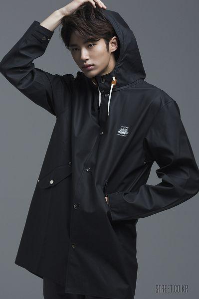 Tags: Byun Woo-seok, Coat, Hood, Hood Up, Black Jacket, Serious, Hand In Pocket, Gray Background, Elvine