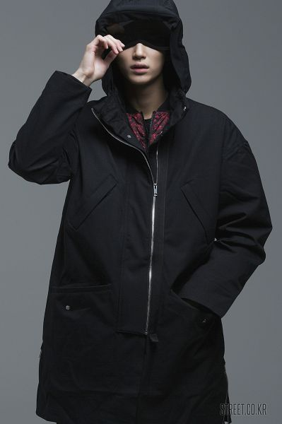 Tags: Byun Woo-seok, Hand In Pocket, Serious, Coat, Gray Background, Hood, Hood Up, Elvine