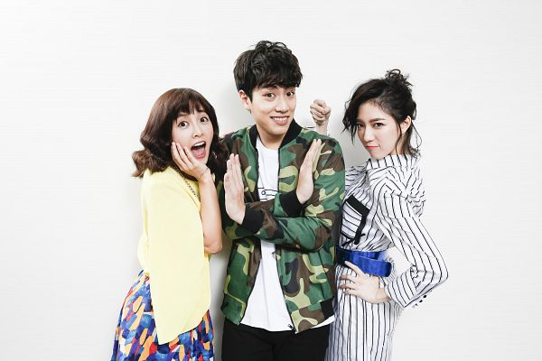 Tags: C-Pop, SpeXial, Popu Lady, Chen Tingxuan, Dayuan, Lin Tzuhung, Striped Dress, White Background, Striped, Trio, Medium Hair, Yellow Shirt