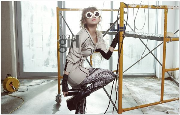 Tags: K-Pop, 2NE1, CL, Hair Up, Leg Up, White Dress, Fingerless Gloves, Light Background, Standing On One Leg, Window, White Background, Black Footwear