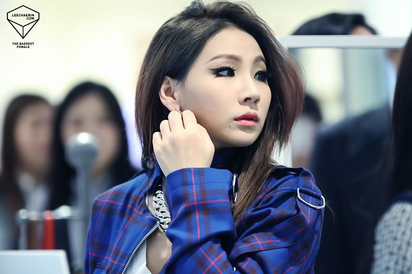 Tags: K-Pop, 2NE1, CL, Checkered, Looking Away, Checkered Jacket, Blue Jacket, Jacket, Blue Outerwear, Necklace, Wallpaper