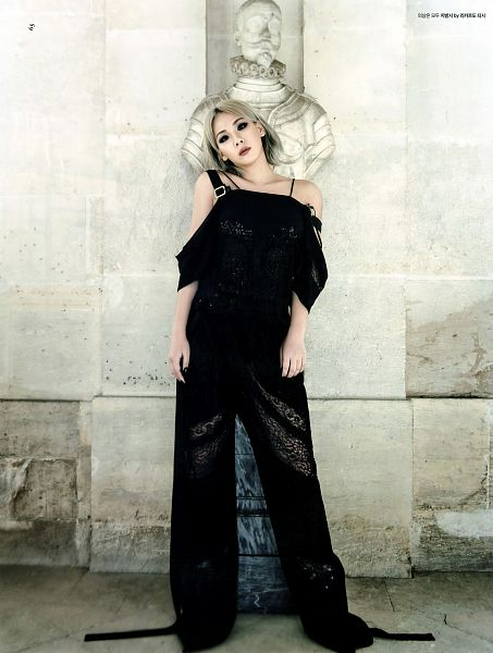 Tags: YG Entertainment, K-Pop, 2NE1, CL, Android/iPhone Wallpaper, Dazed & Confused Korea, Magazine Scan