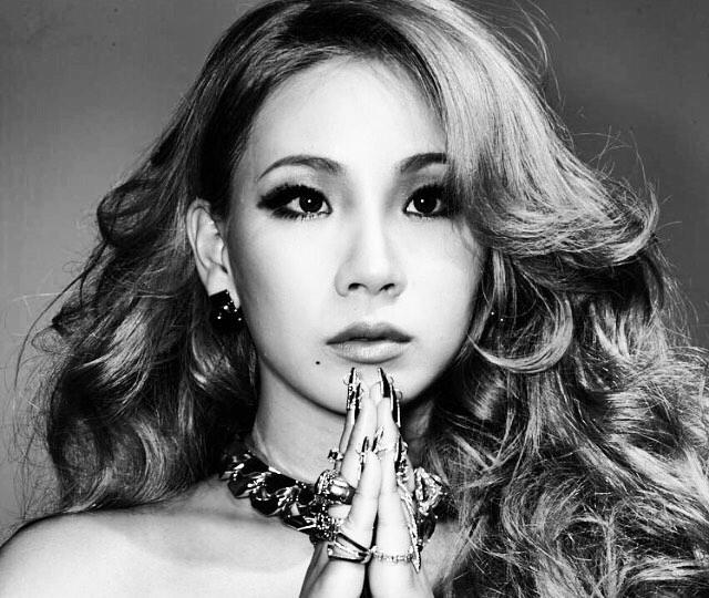 Tags: K-Pop, 2NE1, CL, Monochrome, Black Eyes, Necklace, Gray Hair, Gray Background