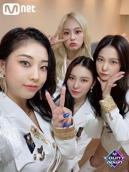 Tags: K-Pop, CLC (CrystaL Clear), Jang Seungyeon, Choi Yujin, Jang Yeeun, Elkie