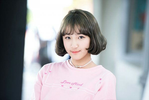 Tags: K-Pop, Busters, Dream On, Cha Minjeong, Necklace, Contact Lenses, Gray Hair, Pink Shirt, JTG Entertainment