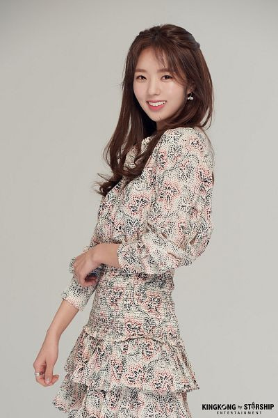 Tags: K-Drama, Chae Soo-bin, English Text, Floral Print, Ring, Floral Dress, Gray Background
