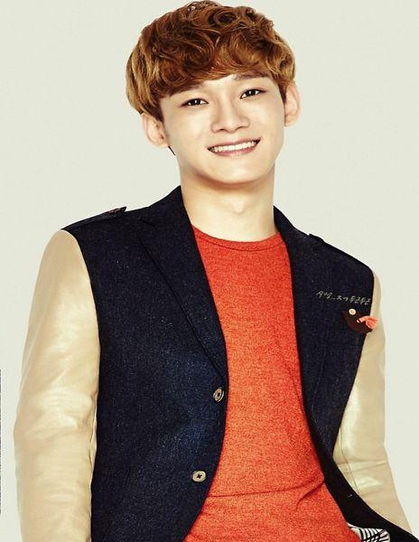 Tags: K-Pop, EXO, Chen, Black Jacket, Light Background, White Background, Orange Shirt