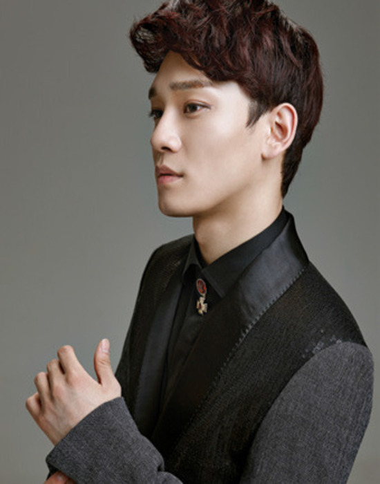 Tags: K-Pop, EXO, Chen, Gray Background, Side View