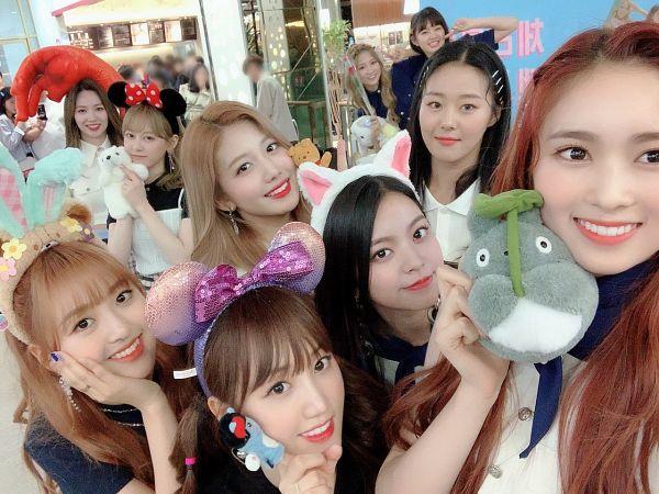 Tags: K-Pop, Cherry Bullet, Park Haeyoon, Linlin, Choi Yuju, Park Chaerin, Mirae, May (Cherry Bullet), Heo Jiwon, Kato Kokoro, Kim Bo-ra, Remi