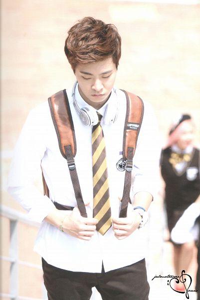 Tags: K-Pop, K-Drama, Got7, Choi Youngjae, School Uniform, Tie, Walking, Serious, Headphones, Black Pants, Bag, Backpack
