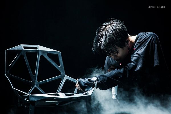 Tags: K-Pop, Got7, Choi Youngjae, Chair, Dark Background, Black Background, Ring, Seven Secrets In Bangkok, Live Performance