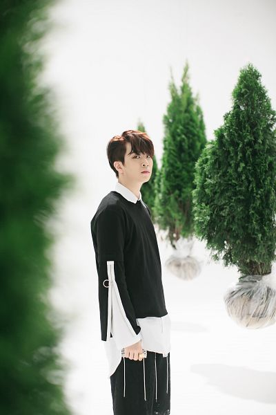 Tags: JYP Entertainment, K-Pop, Got7, Choi Youngjae, Tree, Plant, Black Pants, Pants, Android/iPhone Wallpaper, Flight Log: Turbulence