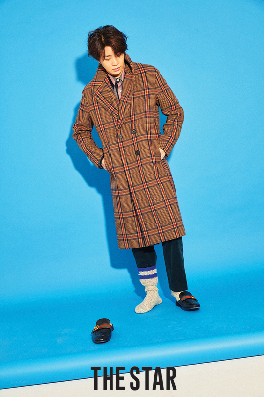 Tags: JYP Entertainment, K-Pop, Got7, Choi Youngjae, Hand In Pocket, Slippers, Shoes, Looking Down, Coat, Text: Magazine Name, Blue Background, Brown Outerwear